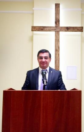 Пастор Армянской Христианской Евангельской Церкви г.Москвы,